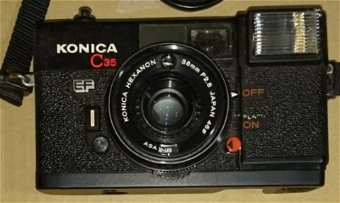 ピッカリコニカ コニカC35EF